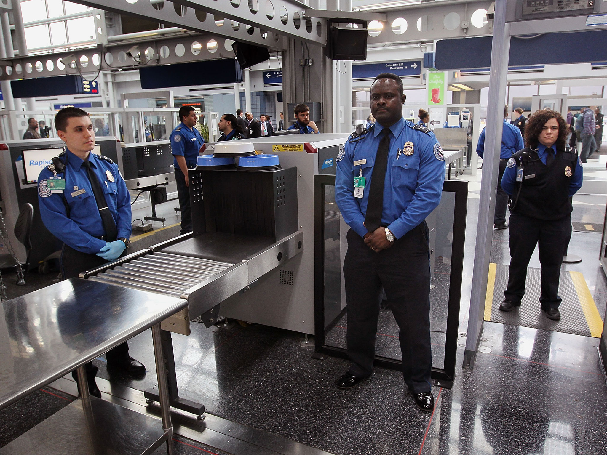 v3-us-airport-security.jpg