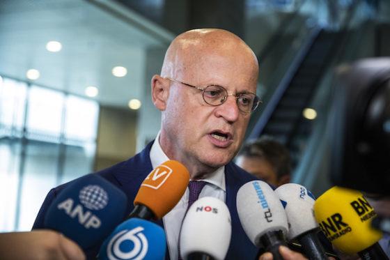 Den Haag: Minister Grapperhaus Kier Hisa Siguridad Pa Via